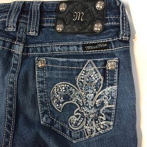 ⚜️ Miss Me JP5090 boot cut fleur-de-lis jeans, 25